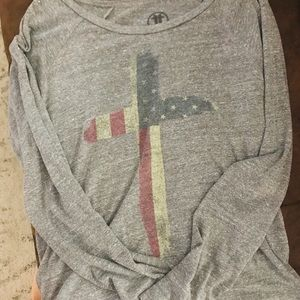 Tops - Vintage American flag cross long sleeve tee